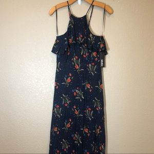 Lulus NWT long dress halter style size s